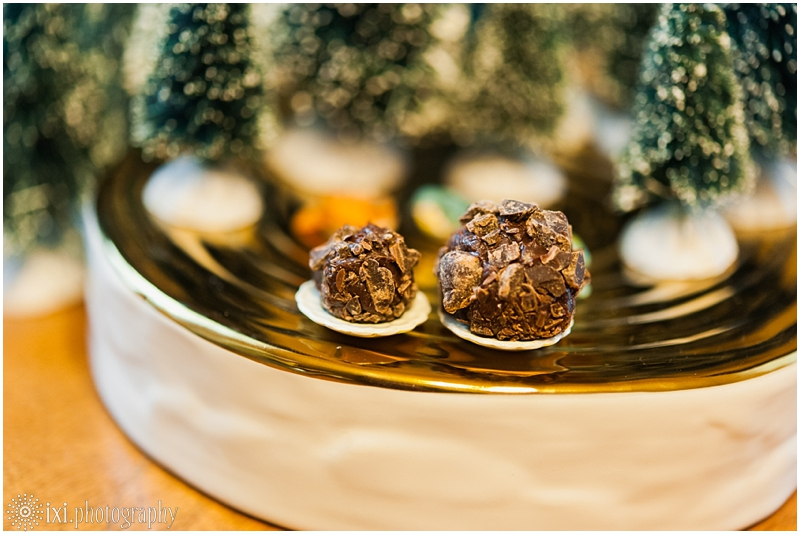 Sweet_Solutions-60_austin-tx-wedding-truffle