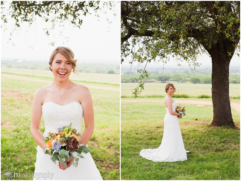 Laura_Jonathan_Wedding-31_hill-country-wedding-tres-lunas-resort-fredericksburg-tx