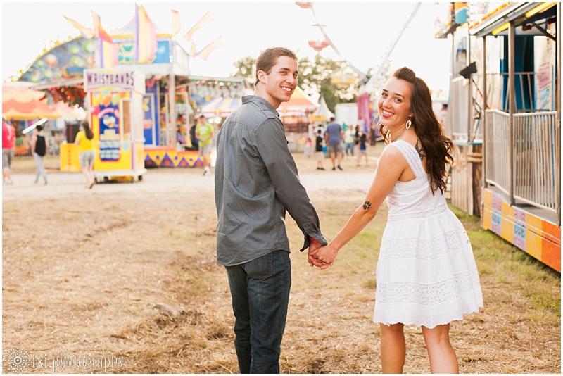 Tara_Ryan_Engagement-17_carnival-engagement-photos-austin-tx