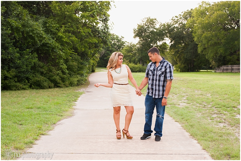 Megan_Chris_Engagement-23_sunset-engagement-session-creek-pflugerville-austin-tx