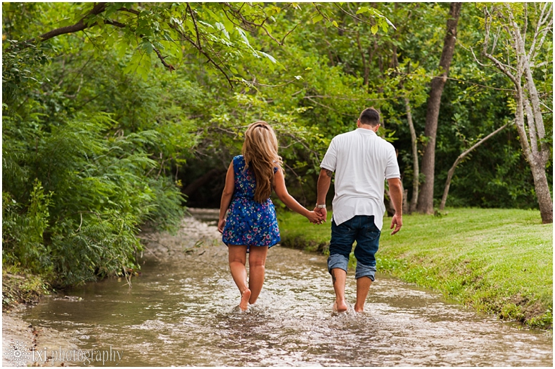Megan_Chris_Engagement-61_sunset-engagement-session-creek-pflugerville-austin-tx