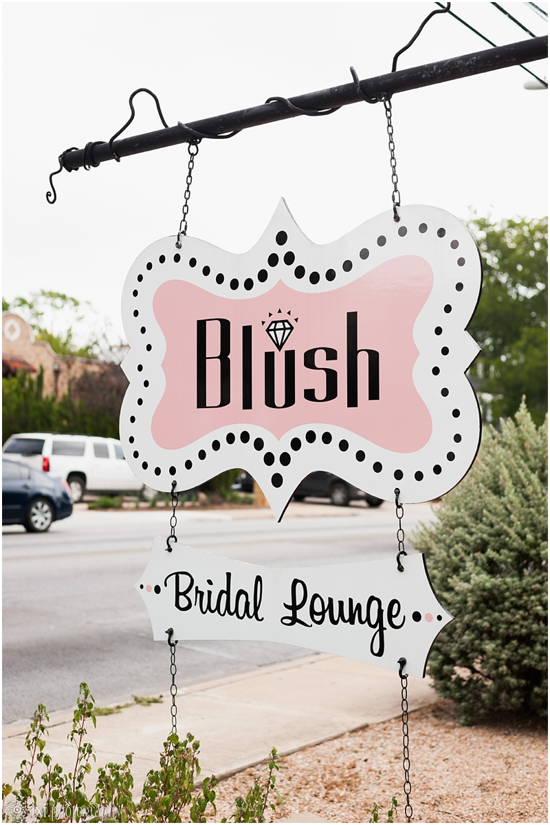 ixiphotography-blush-bridal-lounge-wedding-dresses-austin-tx_0038