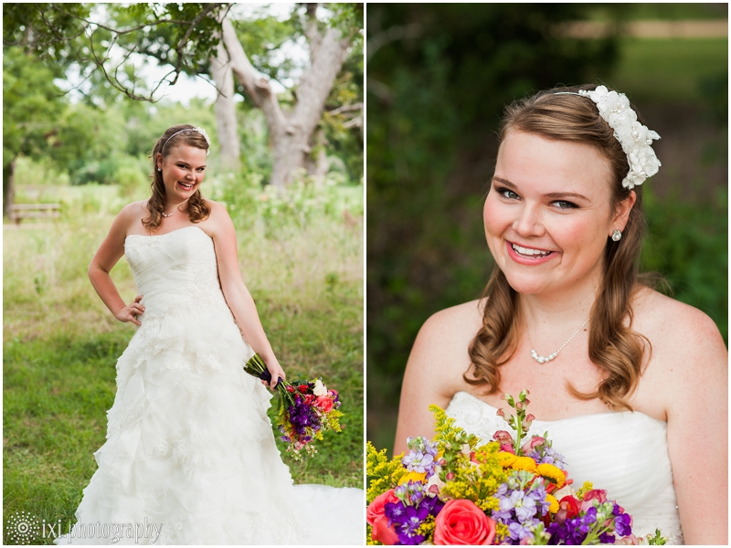 coral-purple-bouquet-bridal-pictures-austin-tx_0006