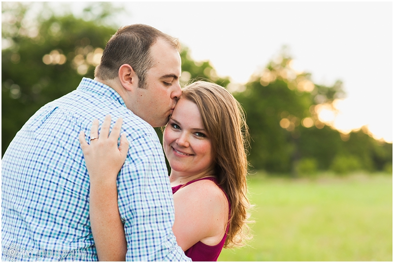 sunset-engagement-pictures-austin-tx_0009
