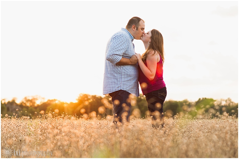 sunset-engagement-pictures-austin-tx_0012