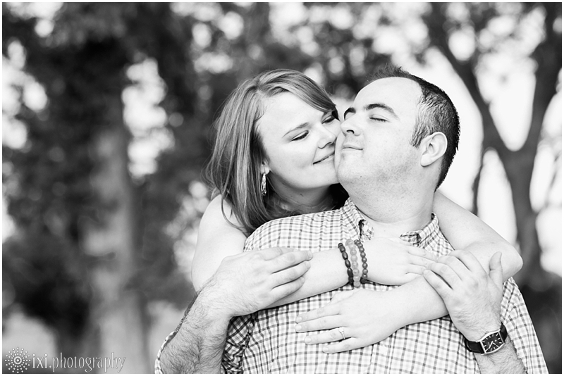 sunset-engagement-pictures-austin-tx_0018