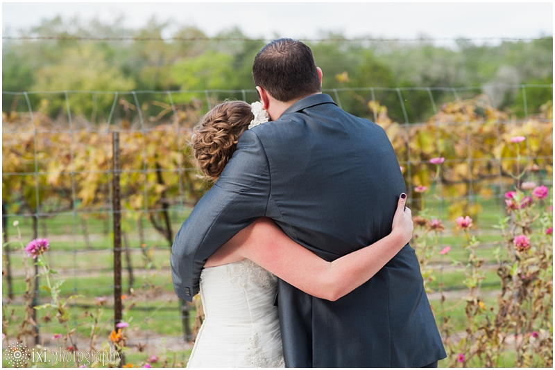 vineyard-wedding-tx-dry-comal-creek-vineyard_0029