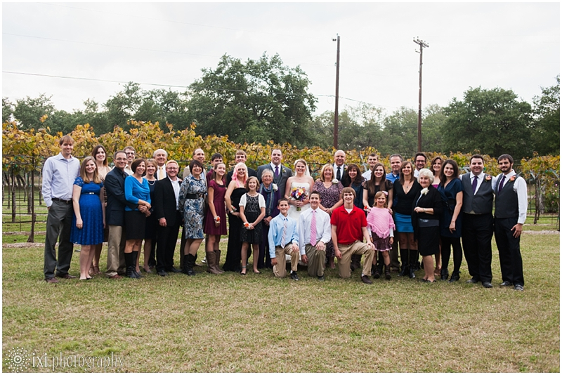 vineyard-wedding-tx-dry-comal-creek-vineyard_0049