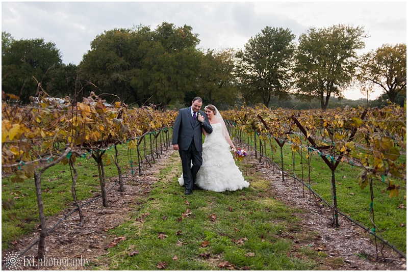 vineyard-wedding-tx-dry-comal-creek-vineyard_0051