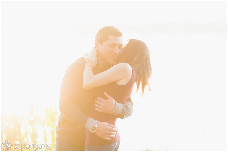 white-rock-lake-park-engagement-photos_0014