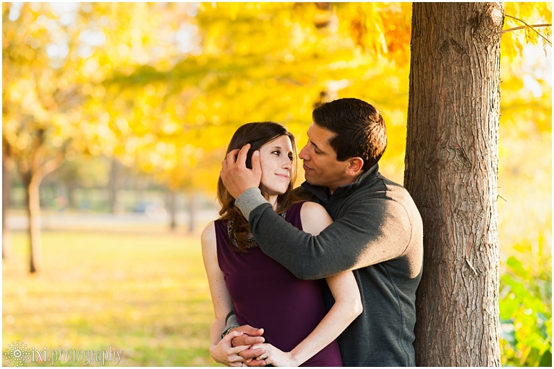 white-rock-lake-park-engagement-photos_0034