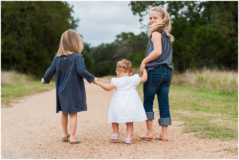 natural-candid-family-photos-austin-tx_0011