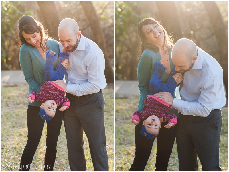relaxed-outdoor- family-photos-arboretum-austin-tx_0019