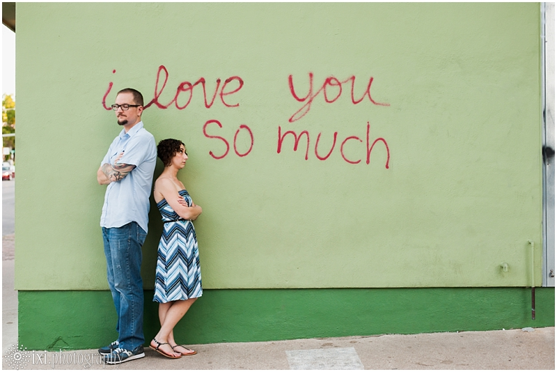 south-congress-engagement-photos_0018