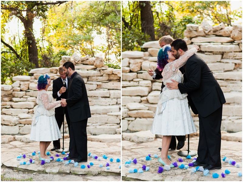 house-on-the-hill-wedding-photos-teal-purple-wedding_0044