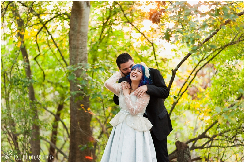 house-on-the-hill-wedding-photos-teal-purple-wedding_0054
